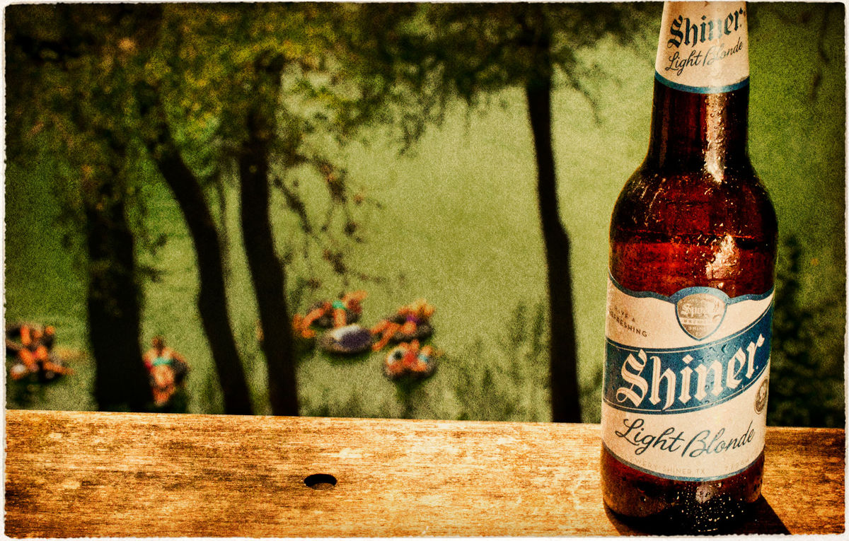 Shiner Light Blonde  Spoetzl Brewery