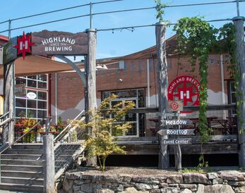 Highland's Taproom Patio