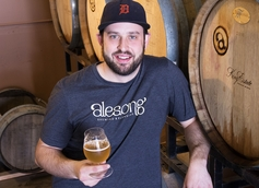 Alesong Brewing and Blending Founder and Cellar Master Brian Coombs Talks Pêche and Touch of Brett Mandarina