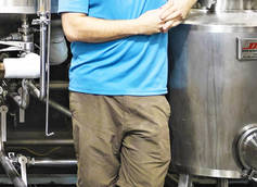 The Virginia Beer Co. Head Brewer Jonathan Newman Talks Elbow Patches