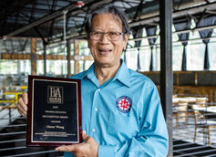 Highland Brewing Founder Oscar Wong Wins Brewers Association Recognition Award