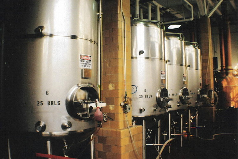 Fermentation Tanks for Brewing Beer