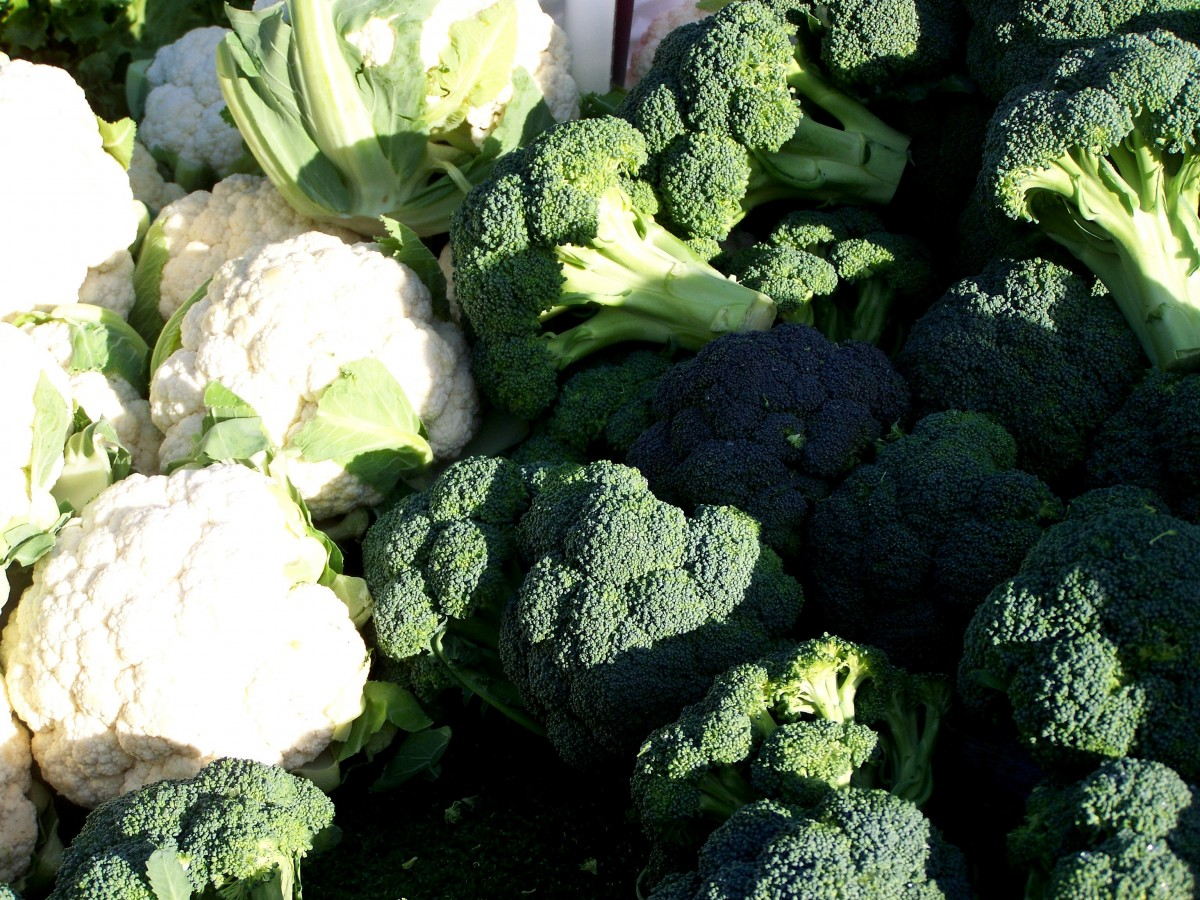 pile of broccoli and cauliflower